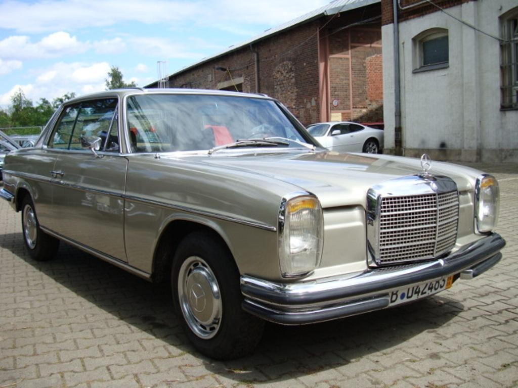 Resultado de imagem para O Mercedes-Benz 250 CE
